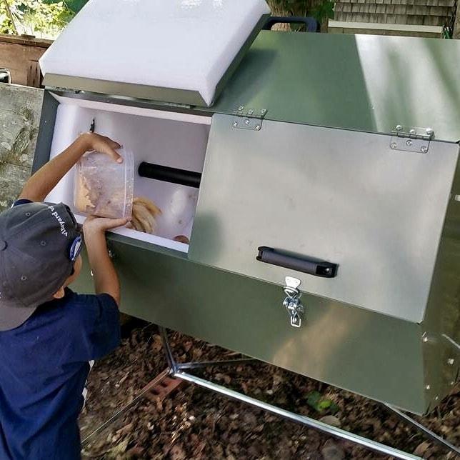 composting tumbler